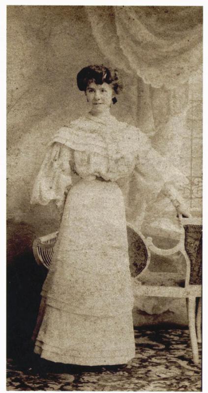 rebecca-gravatt-age-21